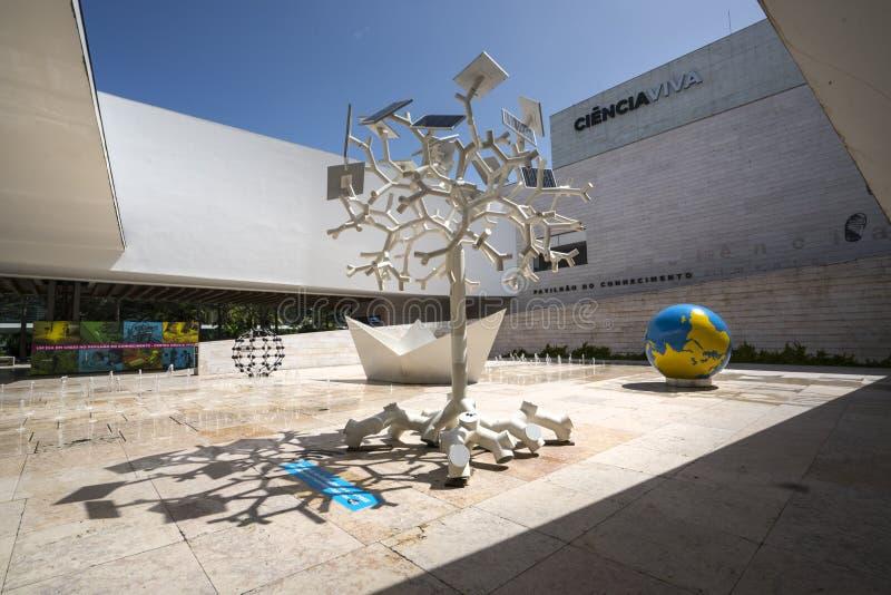 Edificio del viva de Ciencia en Lisboa imagenes de archivo