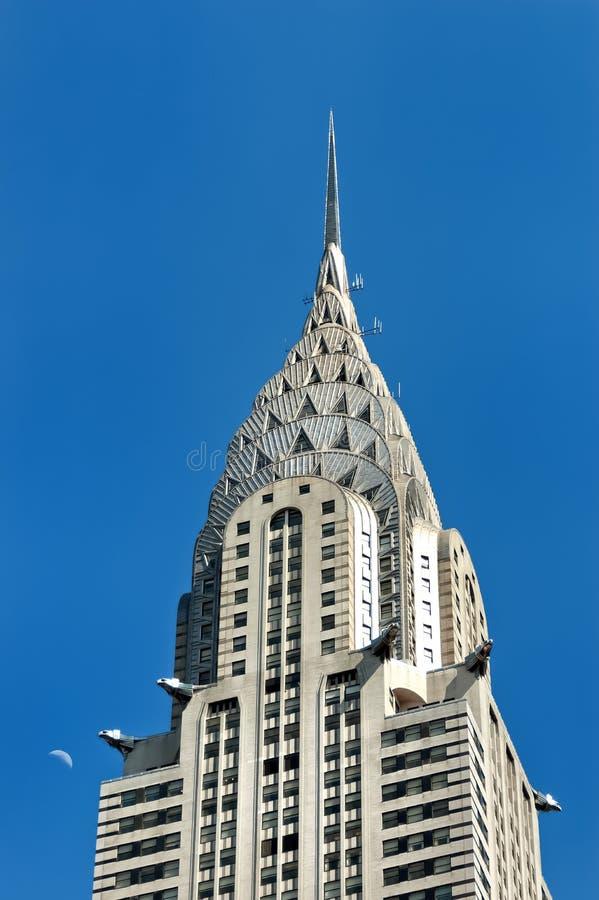 Edificio di Chrysler con la luna fotografia stock