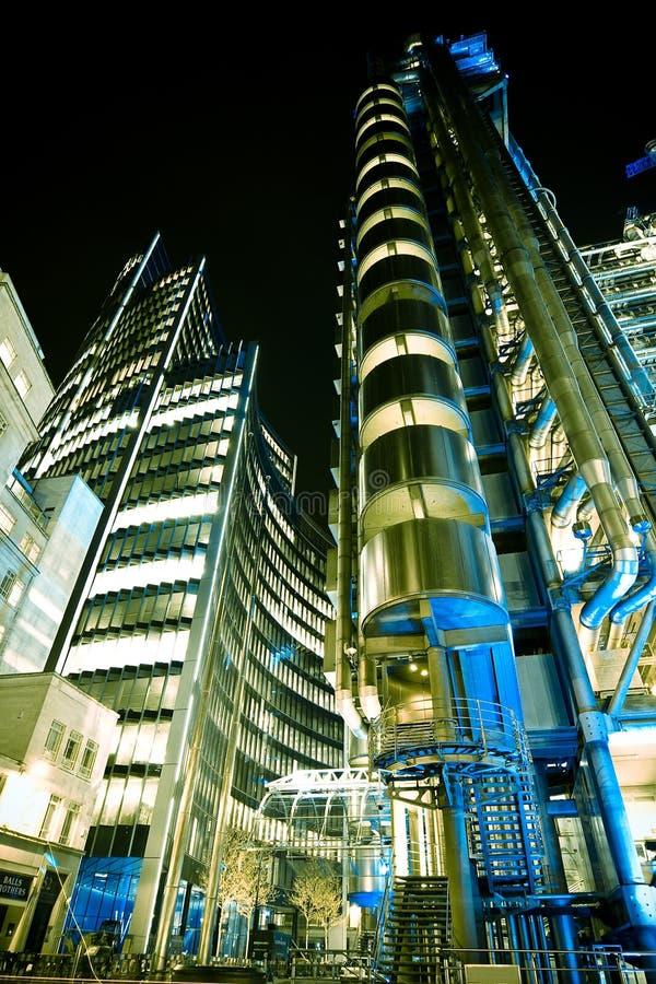Edificio di Lloys alla notte fotografie stock
