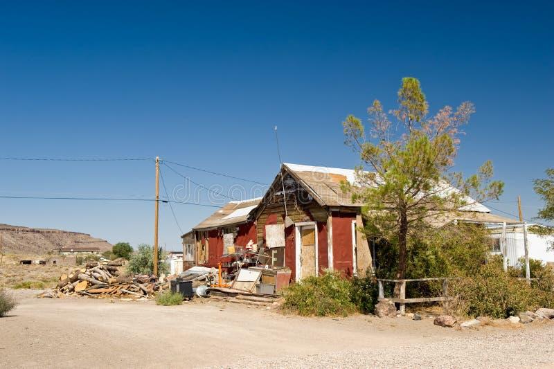 Edificio dilapidado del desierto fotos de archivo libres de regalías