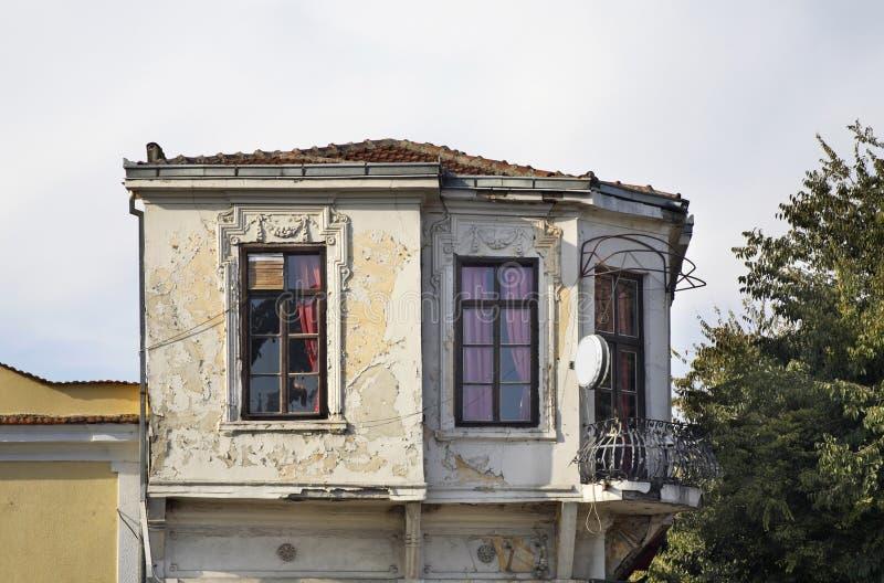 Edificio en Gevgelija Otoño macedonia foto de archivo libre de regalías