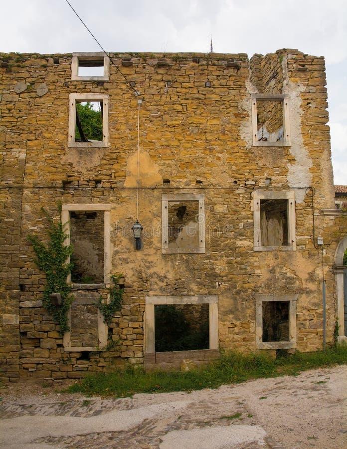 Edificio en Oprtalj foto de archivo libre de regalías