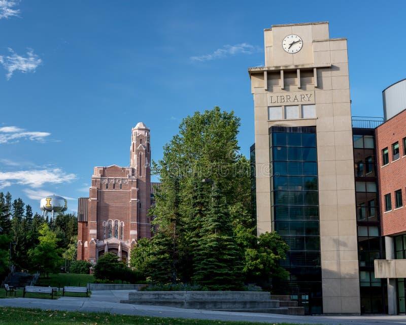 Edificio en U del campus y de la torre de agua Idaho de I imágenes de archivo libres de regalías