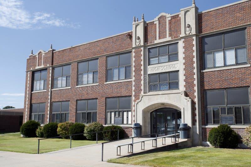 Edificio genérico de la High School secundaria foto de archivo libre de regalías