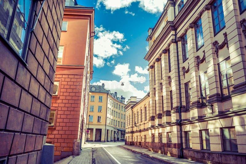 Edificio hermoso de la arquitectura de la ciudad del invierno de Suecia fotografía de archivo