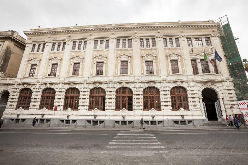 Edificio histórico de la fachada barroca, centro de ciudad Catania, Sicilia Italia imágenes de archivo libres de regalías