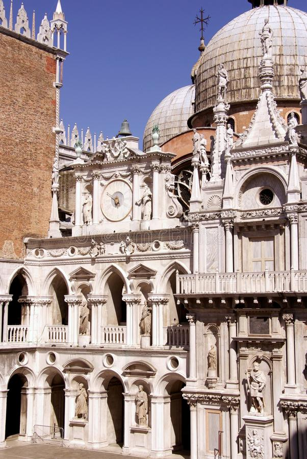 Edificio histórico en Venecia en Italia fotografía de archivo