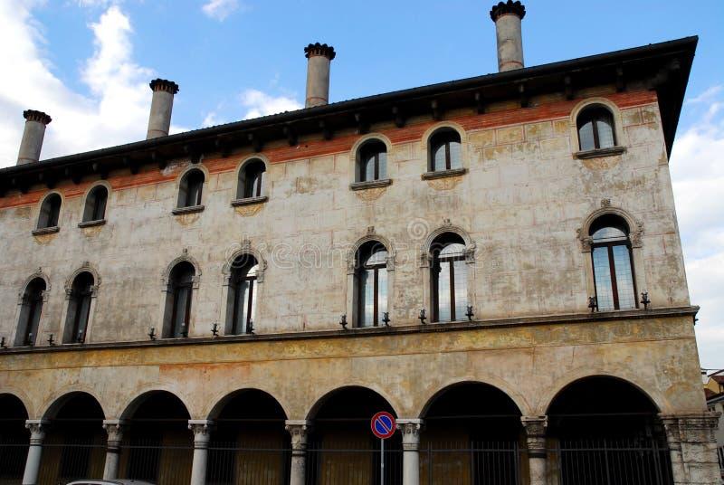 Edificio importante e histórico de Vicenza en Véneto (Italia) fotos de archivo