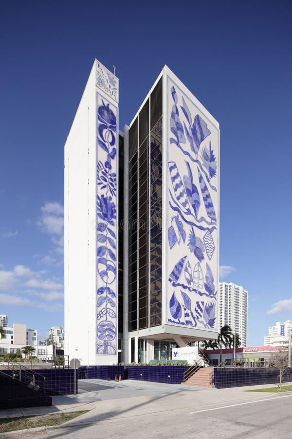 Edificio joven nacional de la fundación de los artes imágenes de archivo libres de regalías