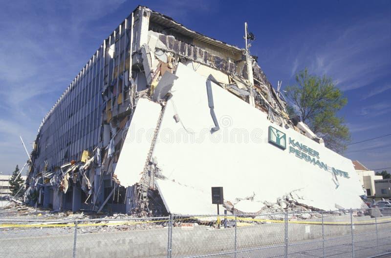 Edificio médico dañado de Kaiser imagenes de archivo