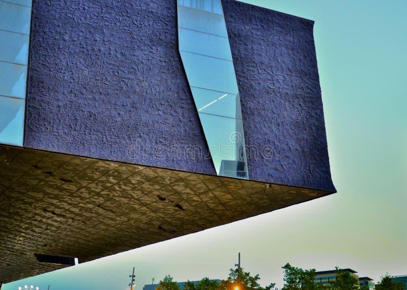 Edificio modernista - Barcelona España royaltyfria foton