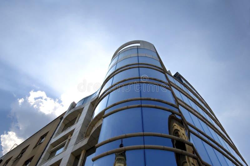 Download Edificio moderno foto de archivo. Imagen de corporativo - 1279598