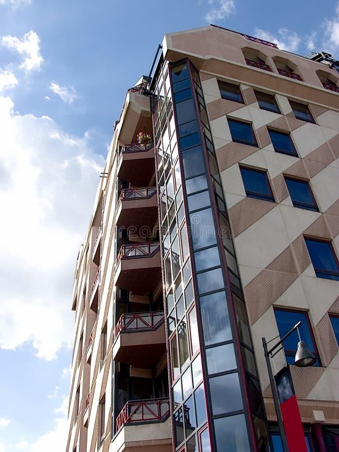 Edificio moderno, urbano. imagenes de archivo
