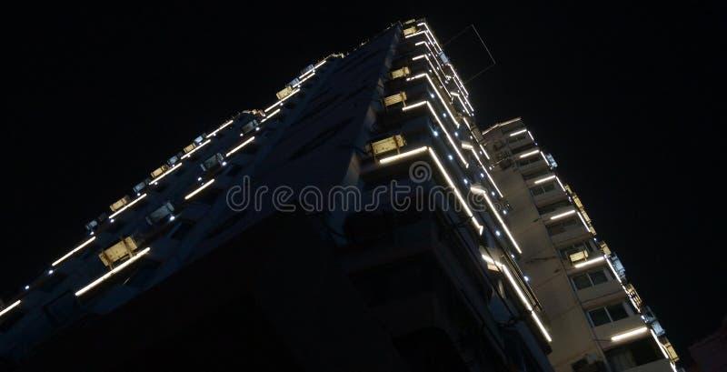 Edificio notturno a Wuhan china fotografia stock libera da diritti