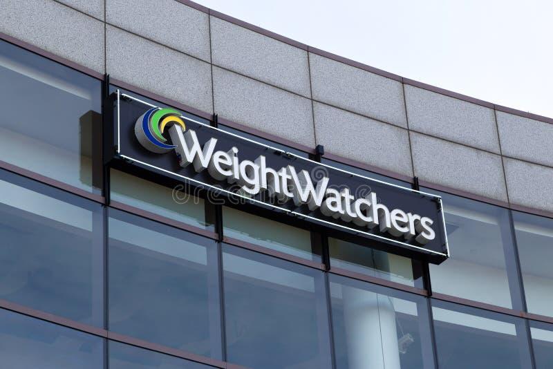 Edificio per uffici corporativo degli osservatori del peso immagini stock libere da diritti