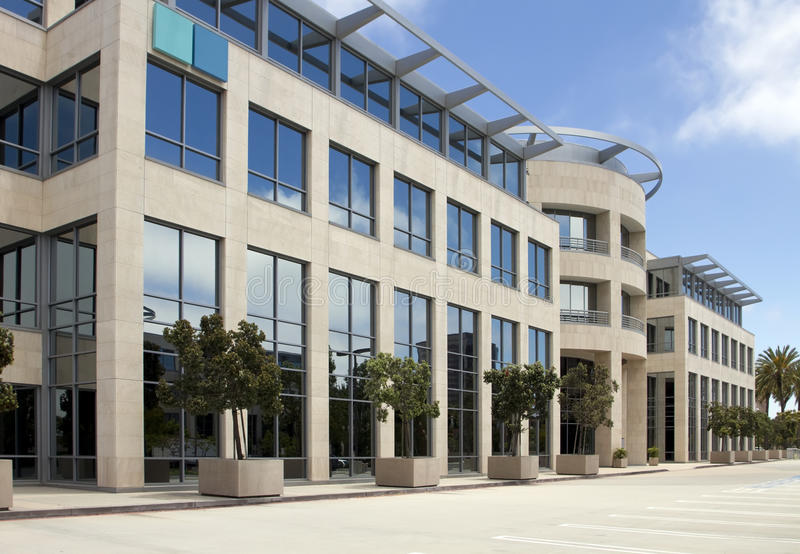 Edificio per uffici corporativo di alta tecnologia nella California fotografia stock libera da diritti