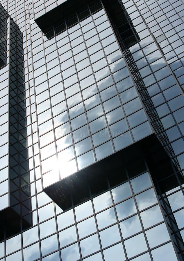 Edificio per uffici cubico immagini stock