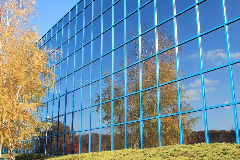 Edificio reflexivo imágenes de archivo libres de regalías