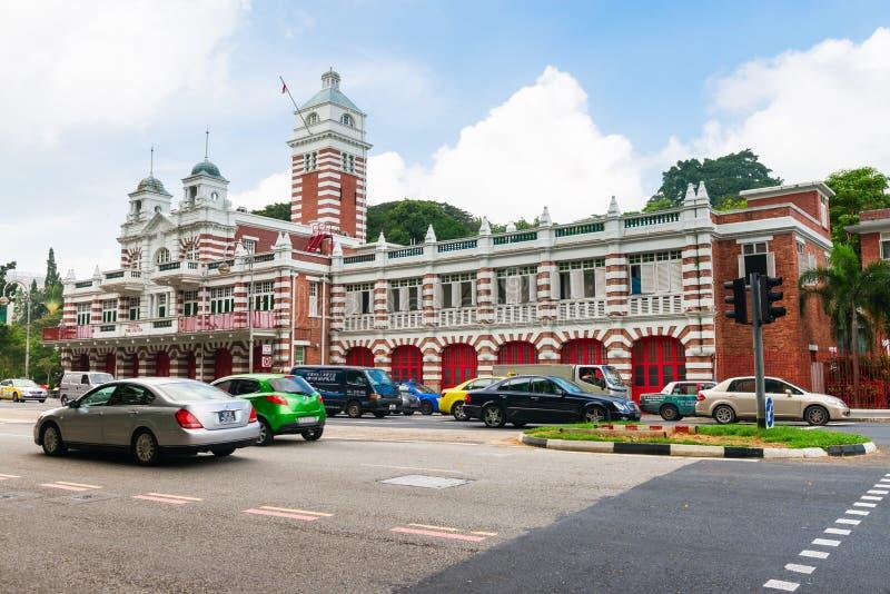 Edificio retro del parque de bomberos del vintage imágenes de archivo libres de regalías