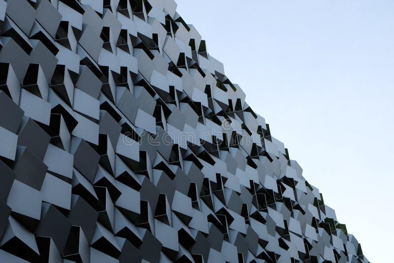 Edificio tallado de mirada moderno imagen de archivo