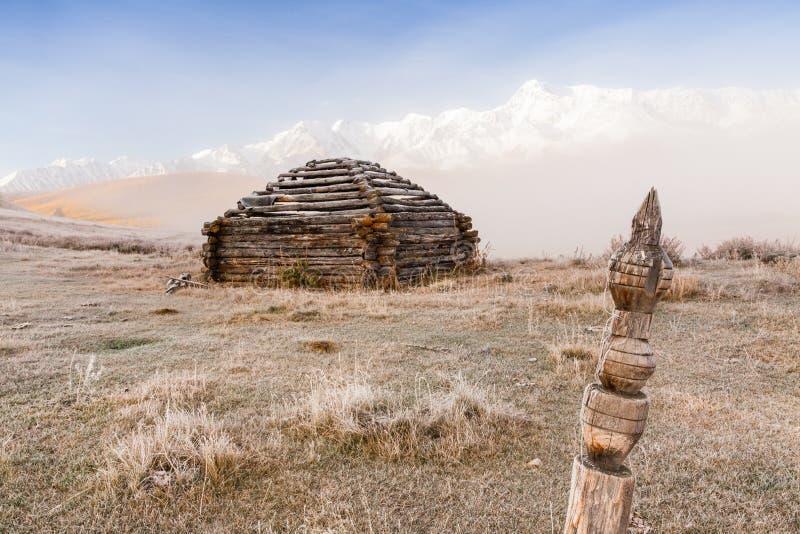 Edificio tradizionale di Altai fotografie stock