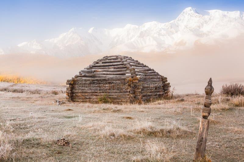 Edificio tradizionale di Altai chiamato immagini stock libere da diritti