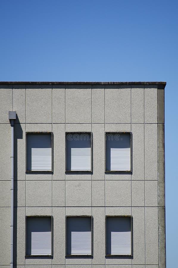 Edificio urbano imagenes de archivo