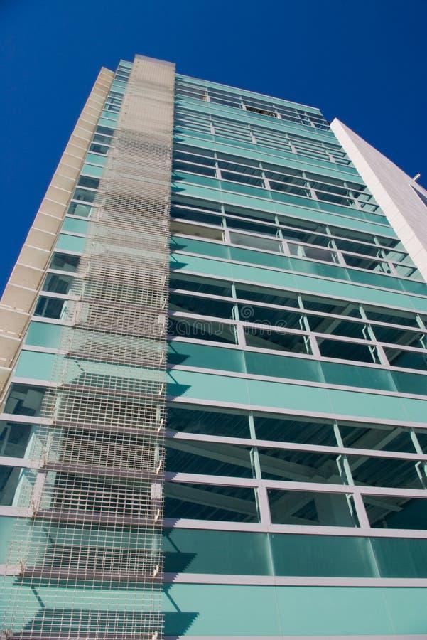 Edificio verde   foto de archivo libre de regalías