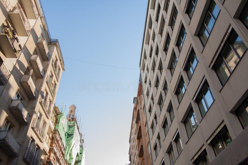 Edificio viejo en la ciudad de Budapest imagenes de archivo