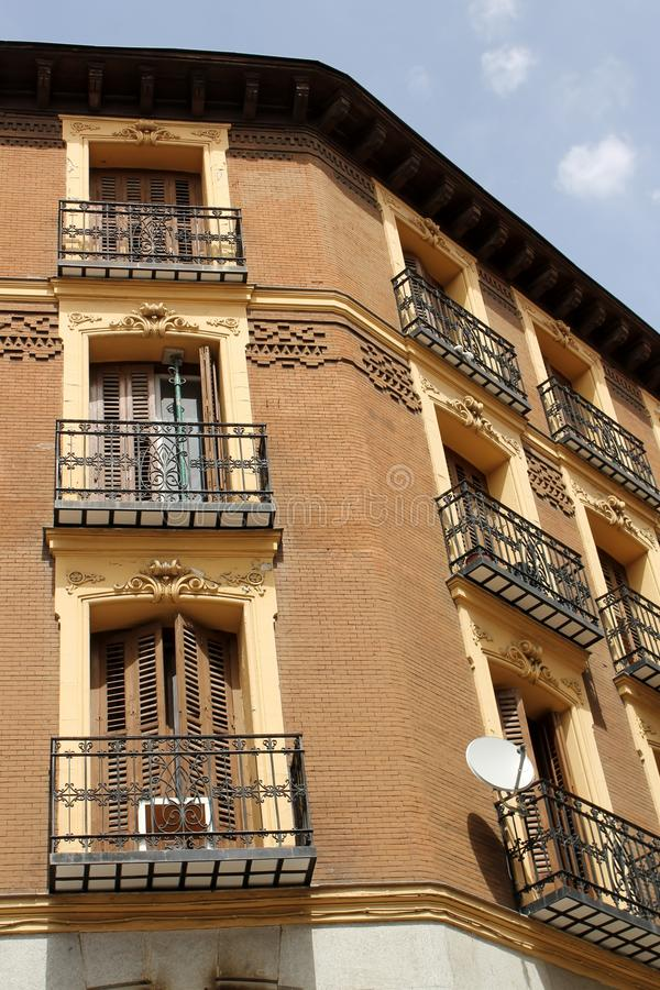 Edificio viejo en Madrid imágenes de archivo libres de regalías