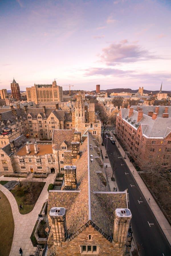Edificio y campus de Universidad de Yale históricos fotografía de archivo