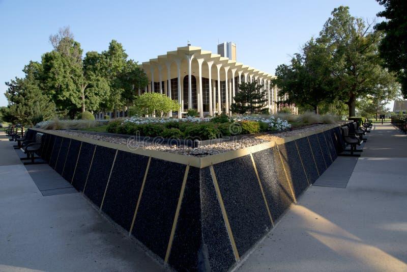 Edificio y paisajes en Roberts University oral imagen de archivo libre de regalías