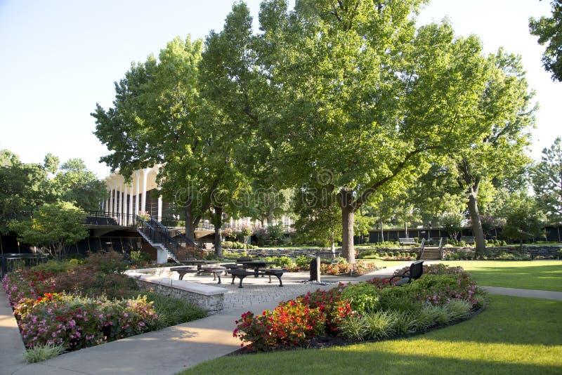 Edificio y paisajes en Roberts University oral fotografía de archivo libre de regalías