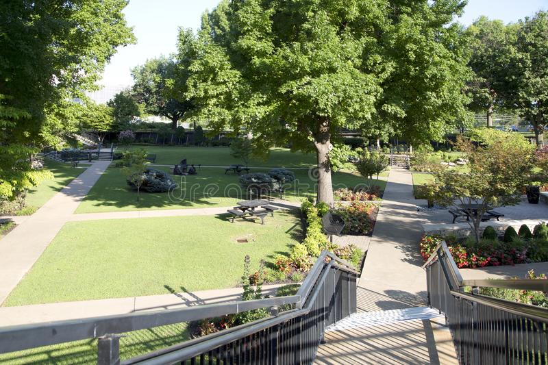 Edificio y paisajes en Roberts University oral foto de archivo