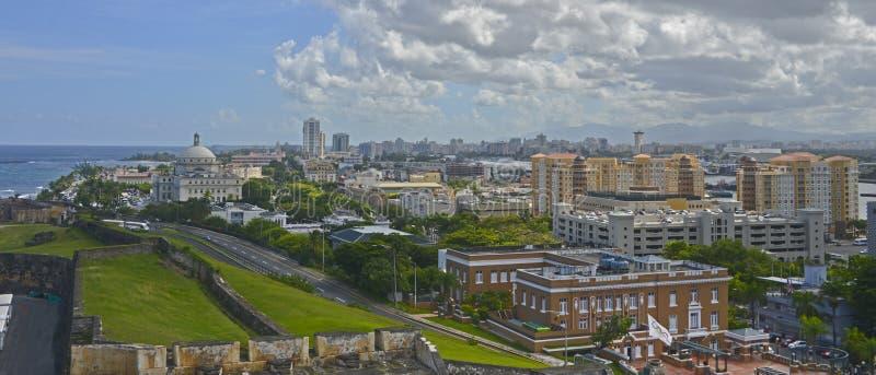 Edificio y sorroundings, Puerto Rico del capitolio imagen de archivo libre de regalías
