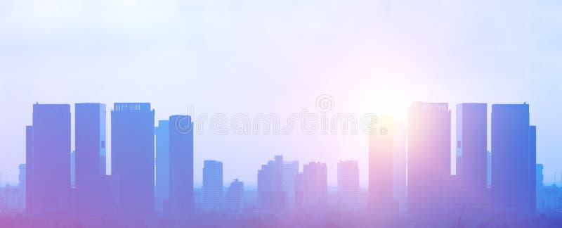 Edificios coloridos con luz del sol fotografía de archivo