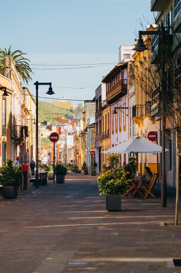 Edificios coloridos en la calle de San Agustin, San Cristobal de La La fotos de archivo libres de regalías