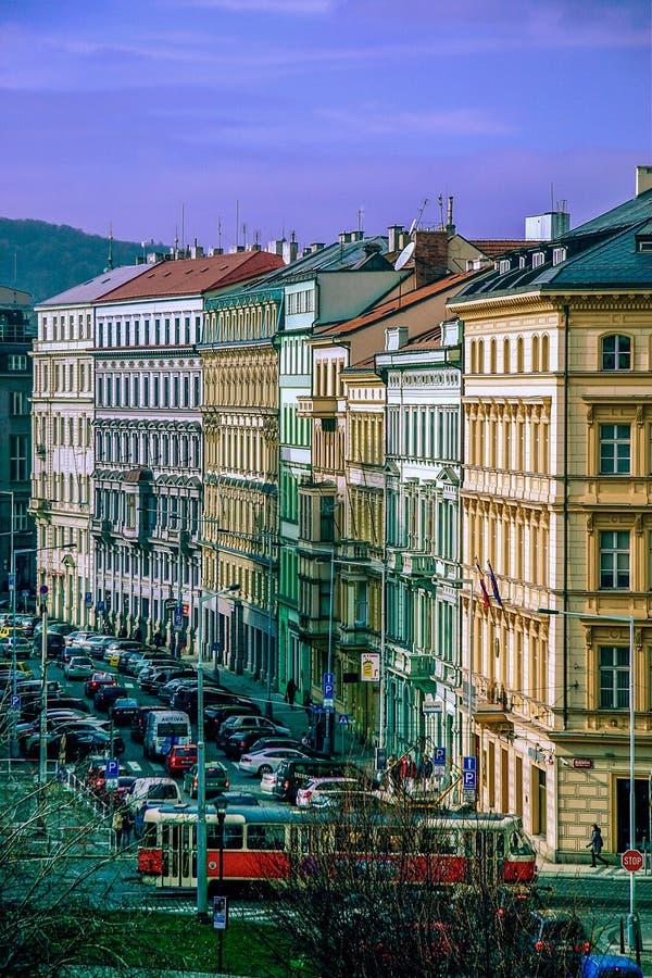 Edificios coloridos en Praga, República Checa imagen de archivo