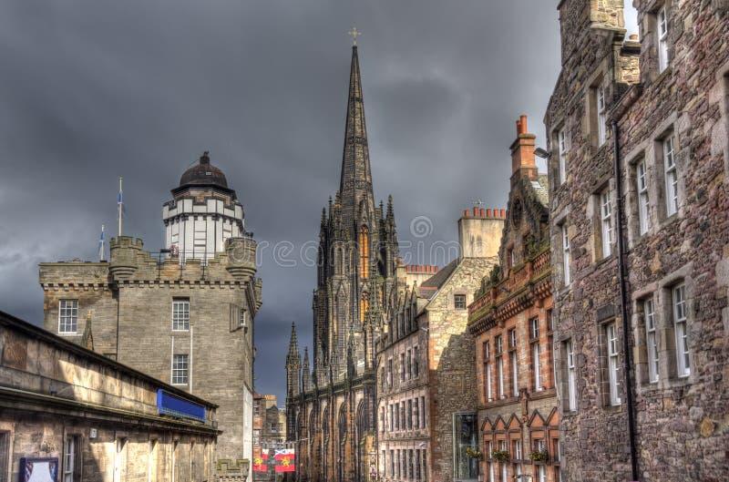 Edificios de Edimburgo en puesta del sol fotografía de archivo libre de regalías