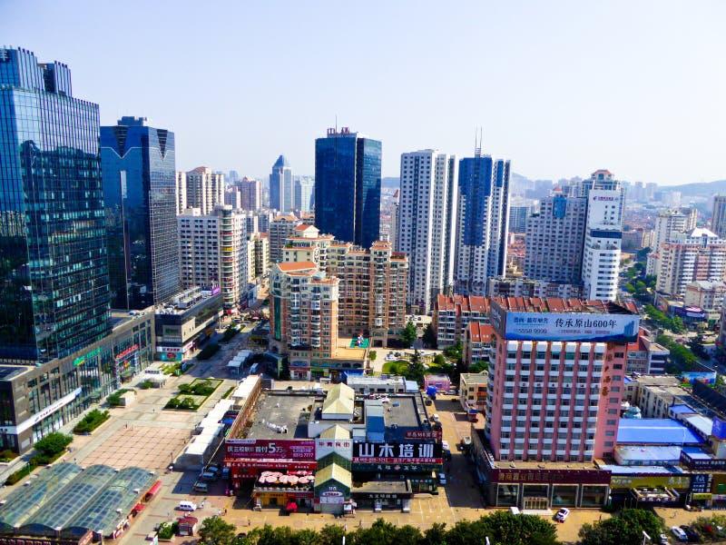 Edificios de la ciudad de Qingdao foto de archivo