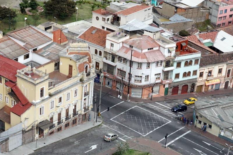 Edificios de la esquina adornados en Quito, Ecuador fotos de archivo libres de regalías