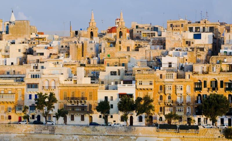 Edificios de la línea de costa de Valletta Malta fotos de archivo libres de regalías
