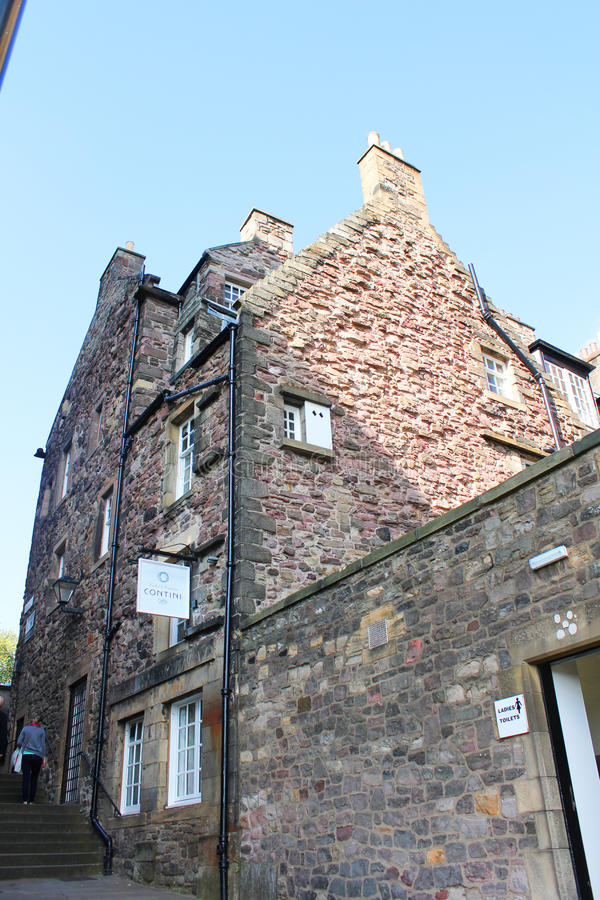 Edificios de la milla real, Edimburgo, Escocia fotos de archivo
