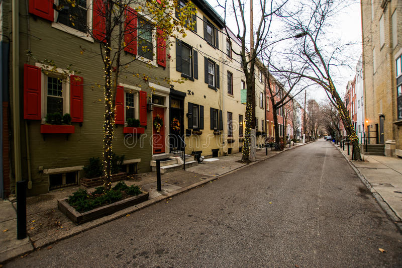 Edificios de ladrillo históricos en colina de la sociedad en Philadelphia, Pennsy fotografía de archivo libre de regalías