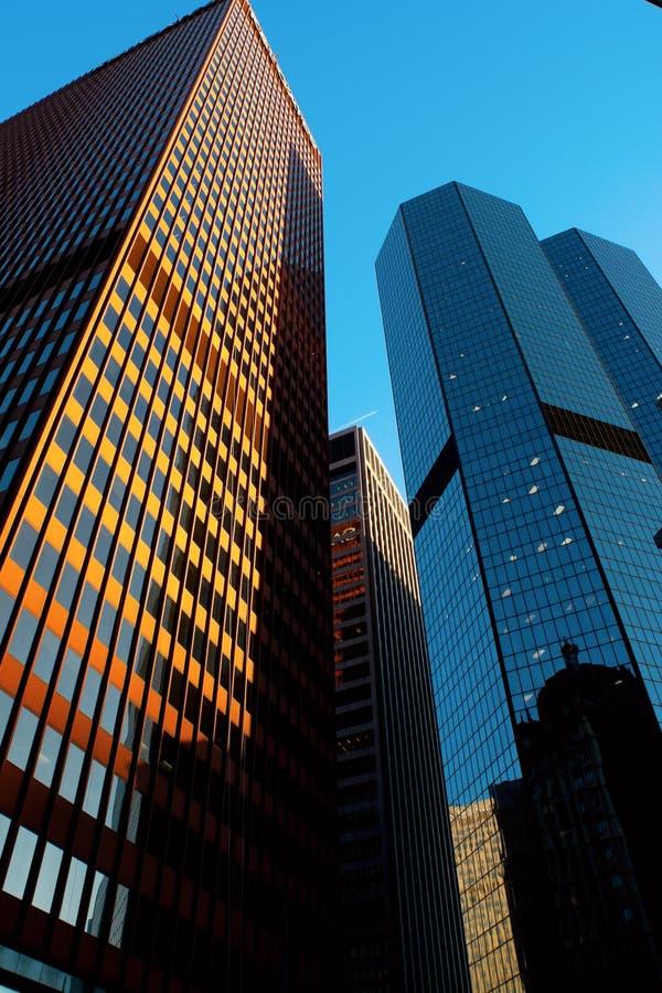Edificios de oficinas de Pittsburgh en la puesta del sol imagen de archivo libre de regalías