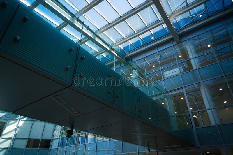 Edificios de oficinas modernos fotografía de archivo libre de regalías