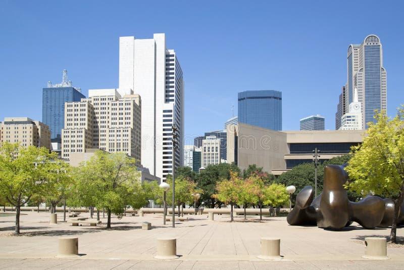 Edificios de oficinas modernos en Dallas imagen de archivo libre de regalías