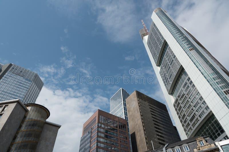 Edificios de oficinas Skyscapers en Francfort Alemania fotografía de archivo