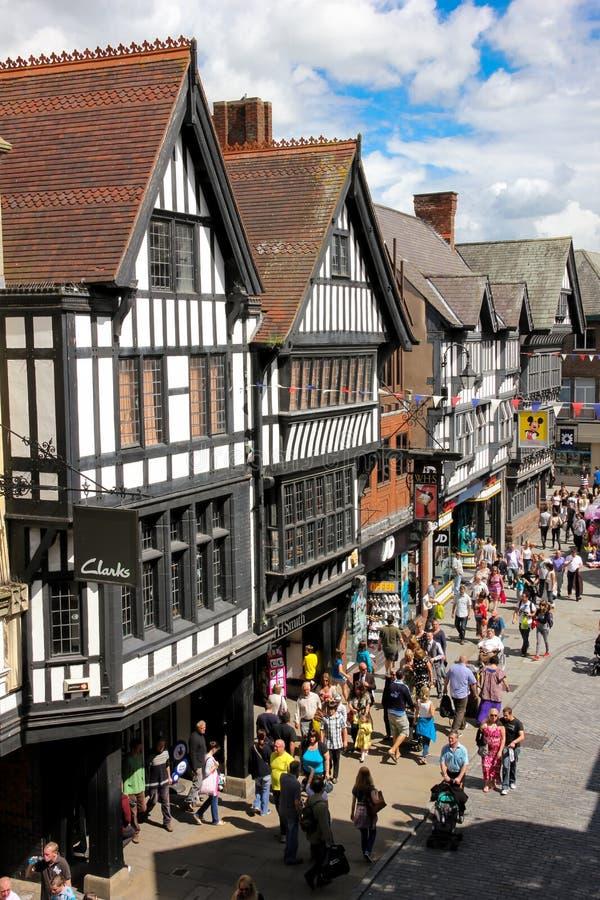 Edificios de Tudor en la calle de Eastgate. Chester. Inglaterra imagen de archivo libre de regalías
