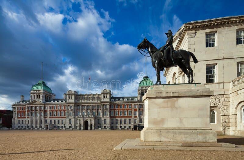 Edificios del desfile de los guardias de caballo, Londres, Reino Unido fotografía de archivo
